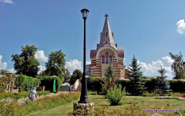 Всехсвятская церковь, Высоцкий монастырь, Серпухов