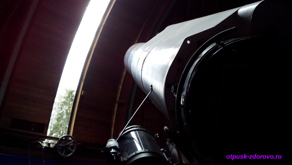 Раздвижной купол обсерватории