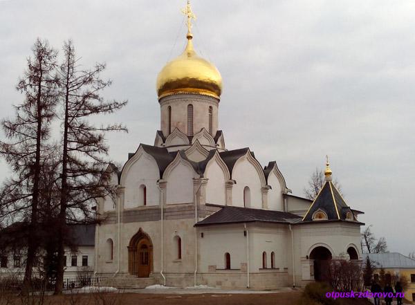 Саввино-Сторожевский монастырь, Звенигород, Собор Рождества Богородицы