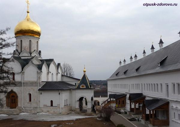 Саввино-Сторожевский монастырь, Звенигород, дворец царя Алексея Михайловича
