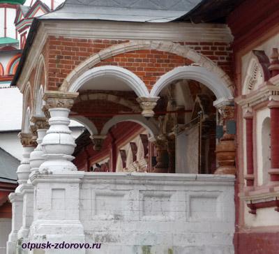 Саввино-Сторожевский монастырь, Звенигород, Царицыны палаты, крыльцо