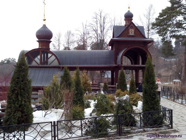 Источник Саввы-Сторожевского и купель