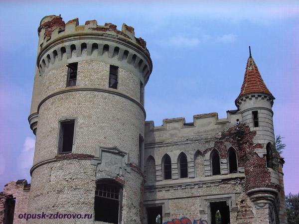 Усадьба Храповицкого в Муромцево, замок