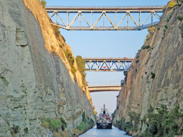 Мосты через Коринфский канал, Греция