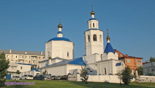 Церковь Параскевы Пятницы и часовня Всецарица, Казань