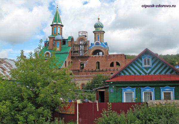 Храм семи Религий, Казань
