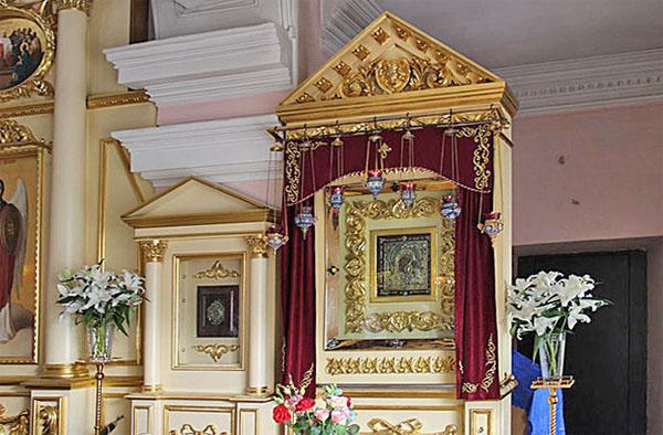 Чудотворная Казанская икона в Крестовоздвиженском храме Богородицкого монастыря