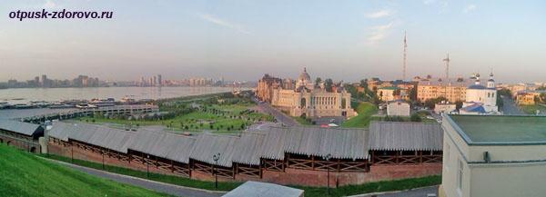 Панорама Казани со смотровой площадки Кремля