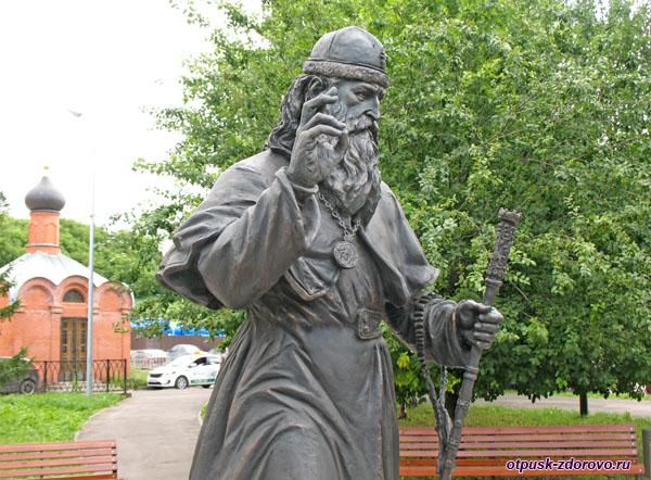 Митрополит Старообрядческой Церкви Андриан, памятник в Казани