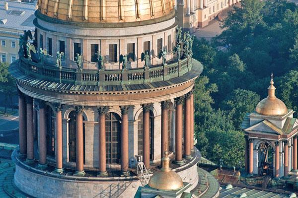 Ротонда в Казани сделана по образу Казанского собора в Санкт-Петербурге
