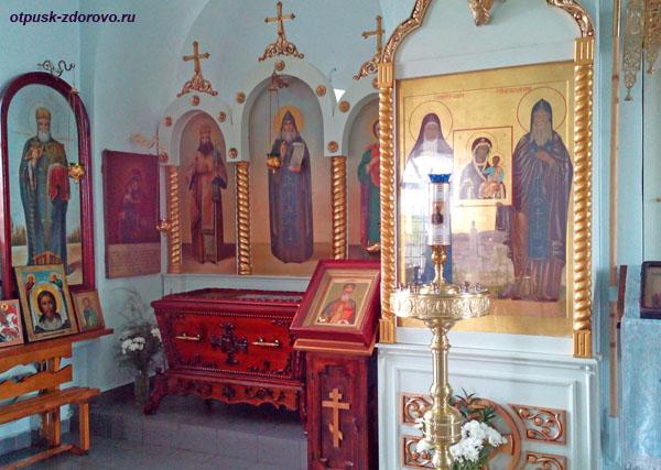 Рака с мощами святого Гавриила Седмиозерного в монастыре Семиозерка, Казань