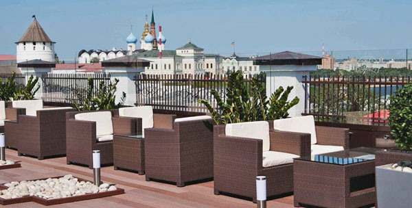 Открытая терраса кафе отеля Center Hotel Kazan Kremlin, Казань
