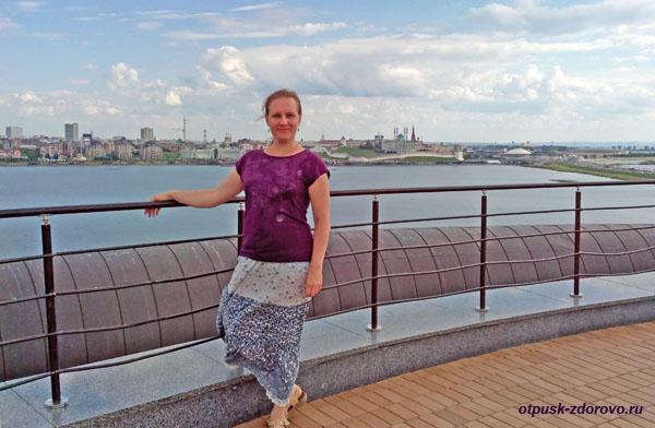 Вид со смотровой площадки ЗАГС-а в Казани Чаша