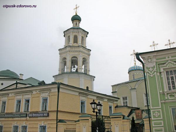 Падающая Колокольня Николо-Нисской церкви в Казани