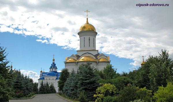 Троицкий храм Казанского Зилантова монастыря
