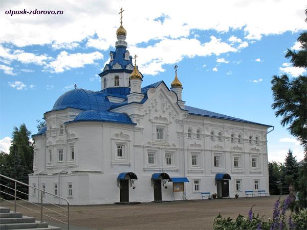 Успенский собор (Всехсвятский), Зилантов монастырь в Казани