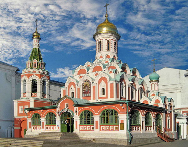 Казанский собор на Красной площади в Москве