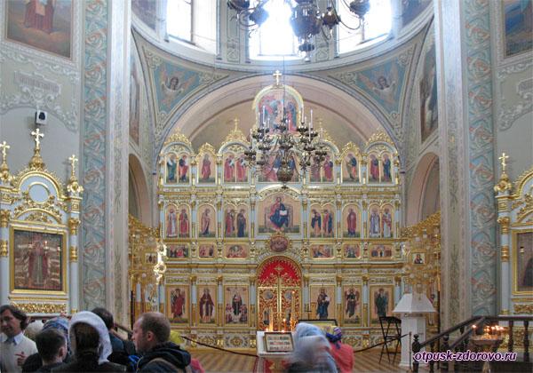 Иконостас собора Божьей Матери Всех Скорбящих Радости, Свияжск
