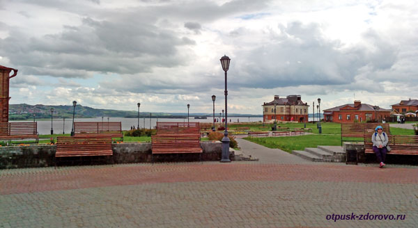 Центральная площадь острова Свияжск