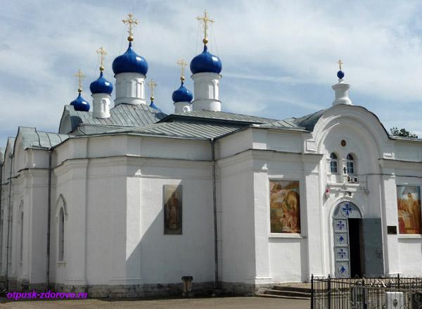 Успенская церковь, Завидово