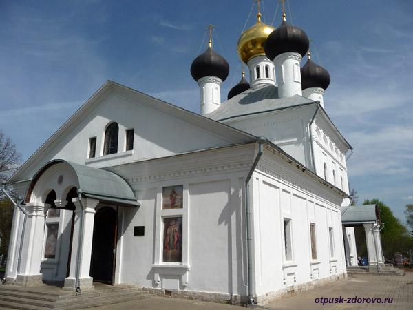 Троицкая церковь, Завидово