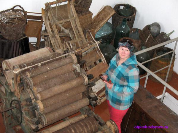 Колокольня в Завидово, станок для изготовления валенок