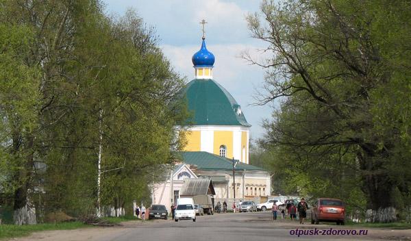 Храм в селе Медное Тверской области