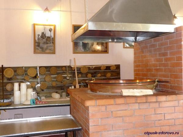 Село Медное и итальянская ферма в Тверской области, русская печь