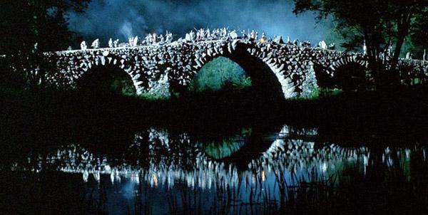 Чертов мост под Торжком, живая декорация к битве сил Добра и Зла в фильме Ночной Дозор