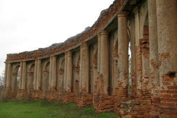 Ружанский дворец Сапегов: легенды и фото замка в Ружанах