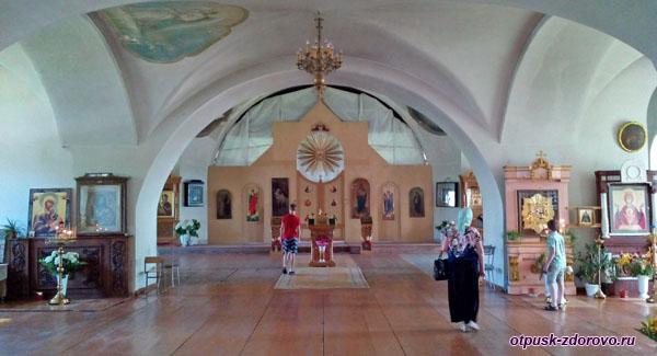 Никольский собор, достопримечательности Мышкина