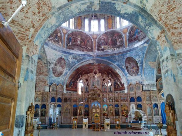 Успенский собор, достопримечательности Мышкина