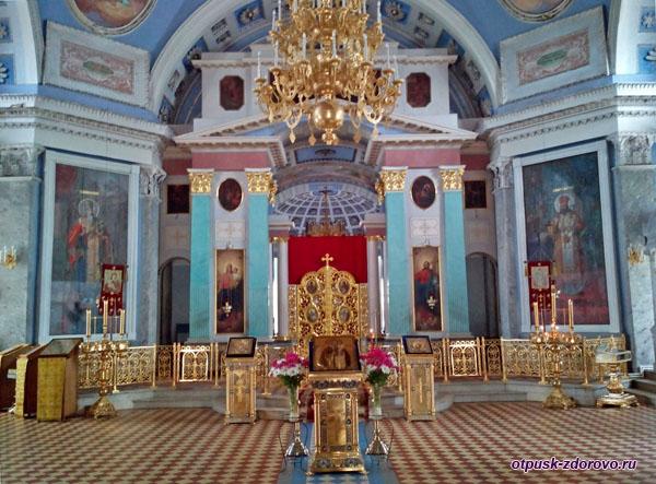 Иконостас храма Димитрия Ростовского, Спасо-Яковлевский монастырь, Ростов Великий