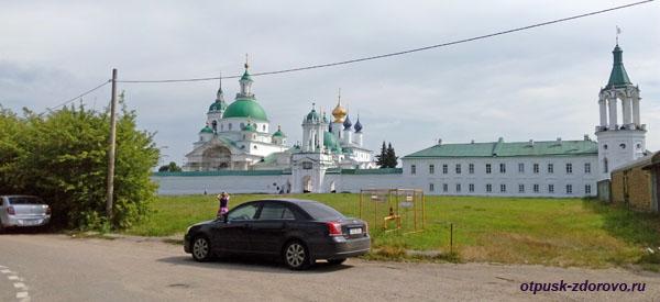 Вид на Спасо-Яковлевский монастырь, Ростов Великий