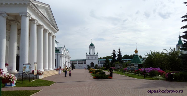 Водяная Башня, Спасо-Яковлевский монастырь, Ростов Великий