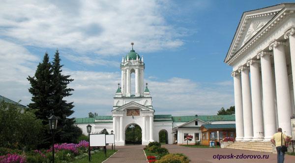 Святые Врата, Спасо-Яковлевский монастырь, Ростов Великий