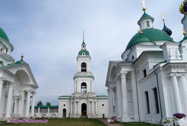 Колокольня Спасо-Яковлевского монастыря, Ростов