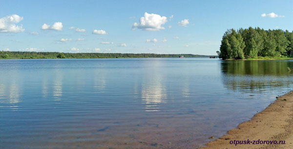 Пляж в Рыбинске на Волге