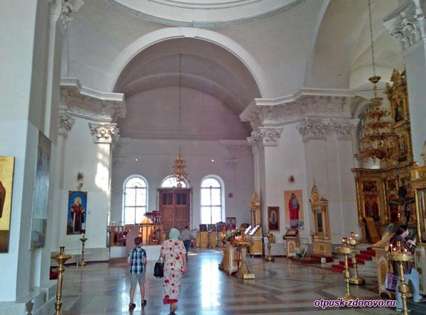 Внутри Спасо-Преображенского собора, Рыбинск