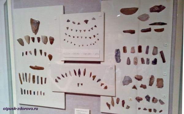 Изделия эпохи мезолита в Рыбинском археологическом музее