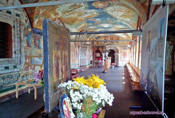 Росписи внутри Воскресенского собора, Тутаев, Ярославская область