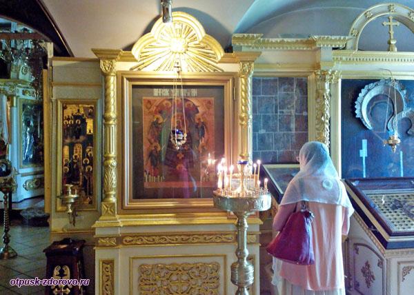 Чудотворная икона Прибавление ума в Покровской церкви Тутаева