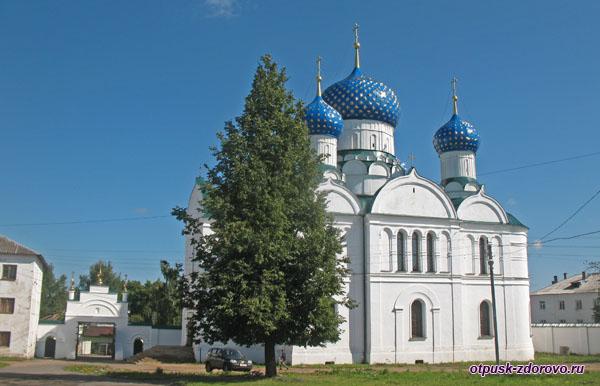 Богоявленский собор в Угличе