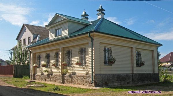 Территория, Богоявленский женский монастырь, Углич