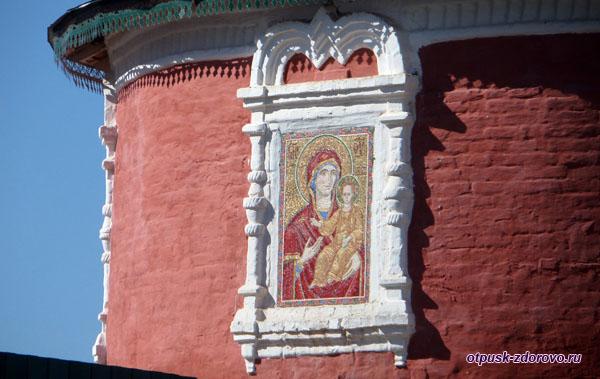 Икона Смоленской Богородицы, Углич