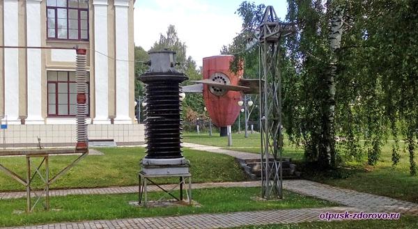 Вокруг музея гидроэнергетики, Углич