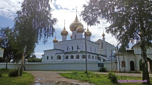 Воскресенский монастырь , Углич