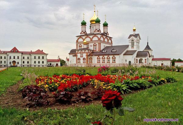 Сергиевский собор, Варницы, Троице-Сергиев Варницкий монастырь