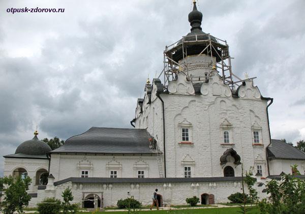 Успенский собор, Свияжский монастырь