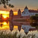 Средневековые замки, крепости и усадьбы Беларуси